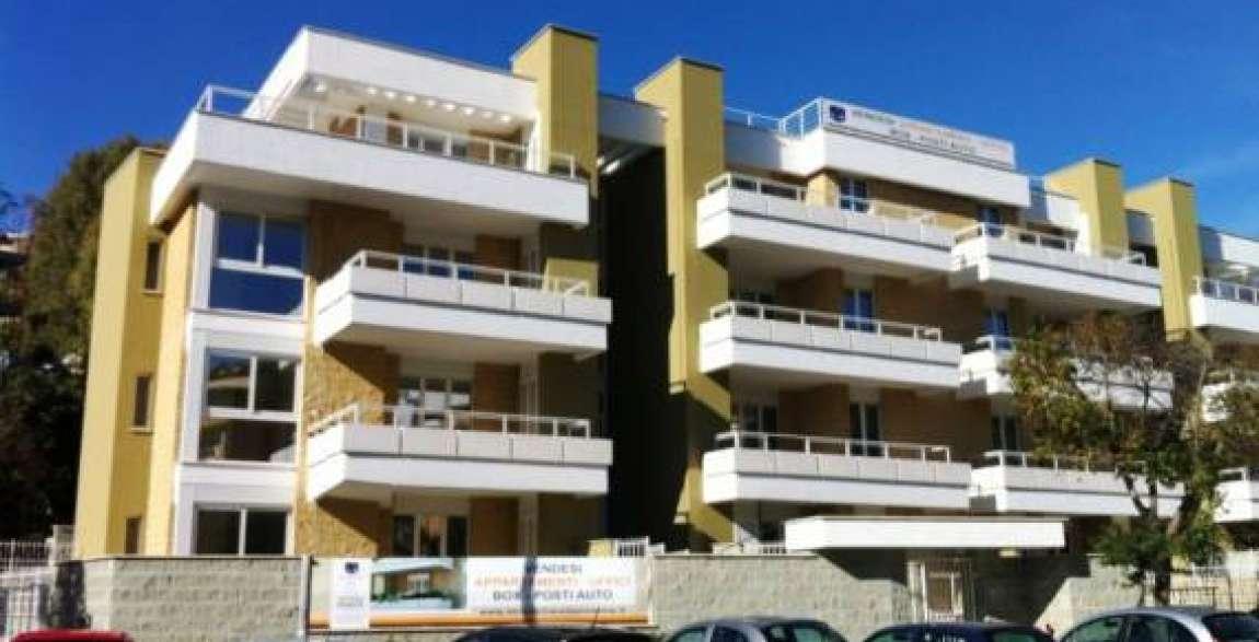 Agenzia immobiliare laurentina for Vendesi ufficio roma